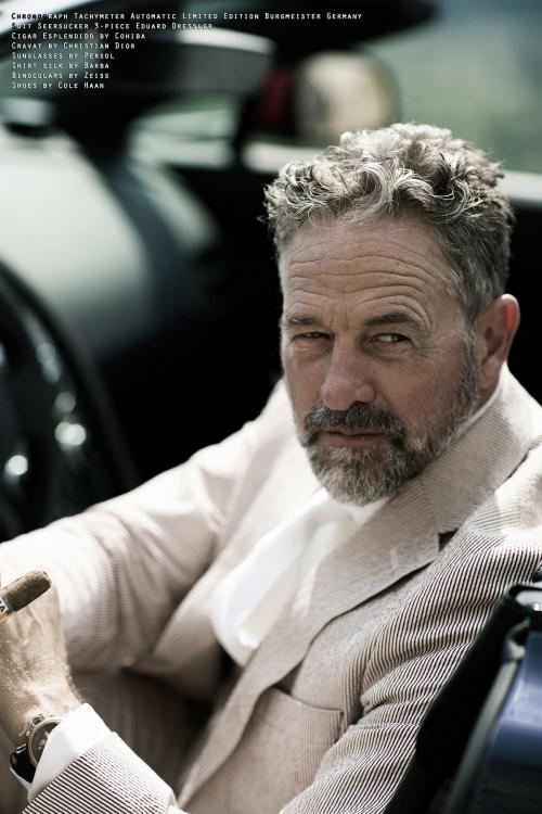 (Aston-Martin-N430-Roadster-Fashion-Page-9-FINAL.jpg)