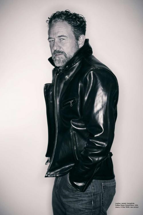 (Schott-Classic-leather-Editorial.jpg)